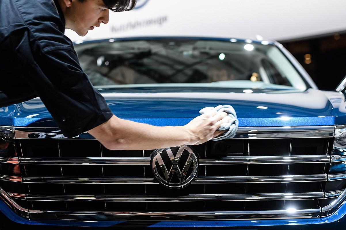 VW markako auto berri bat.