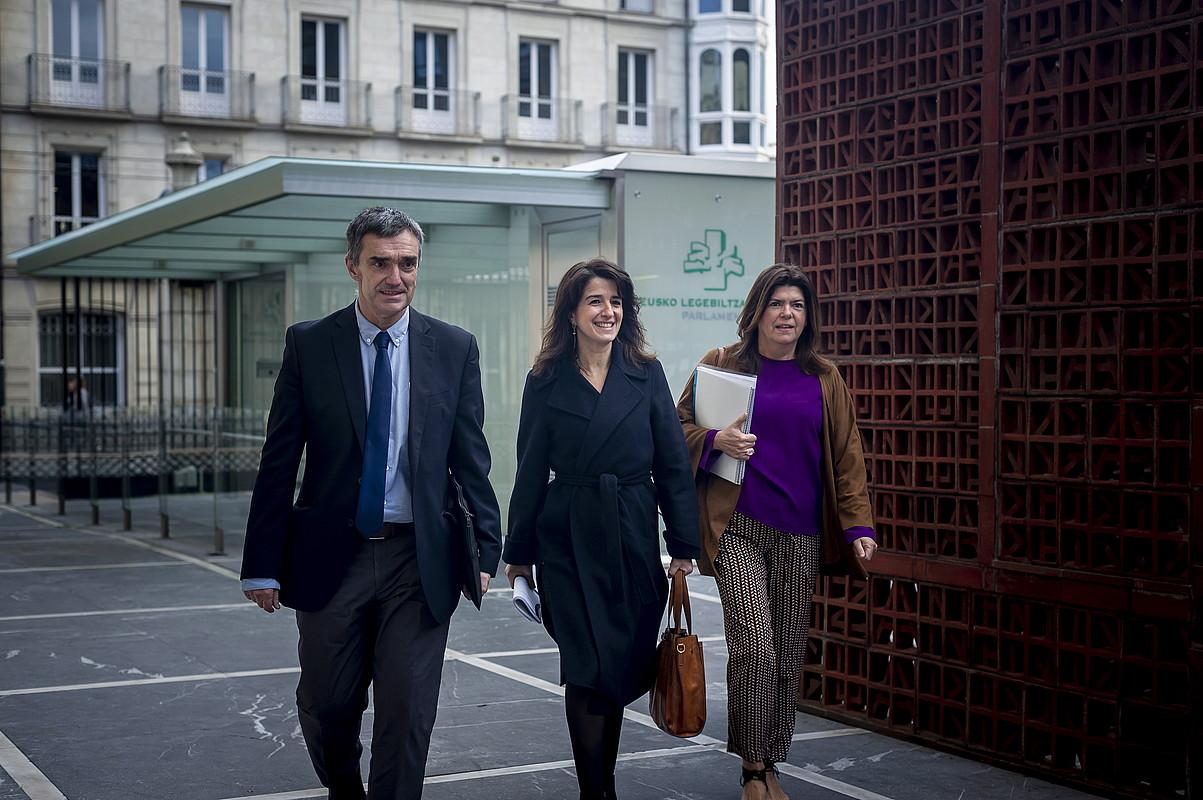 Fernandez, Ezenarro eta Alonso, joan den azaroan. ©ENDIKA PORTILLO / FOKU