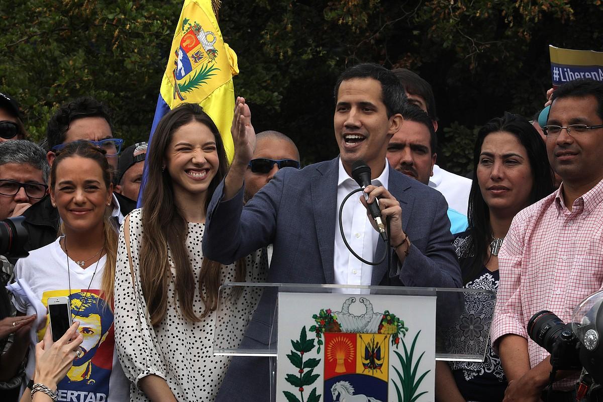 Juan Guaido oposizio burua, atzo, Caracasen egindako protestan. ©MIGUEL GUTIERREZ / EFE