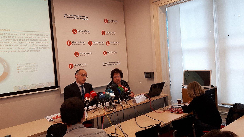 Joseba Barandiaran eta Mercedes Vallejo, Ekonometroaren arduradunak. ©EKONOMISTAK