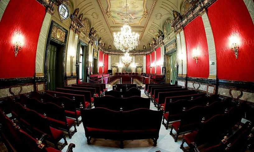 Gaurtik aurrera, Kataluniako buruzagi independentistak Espainiako Auzitegi Gorenean epaituko dituzte. Irudian agertzen den aretoan egingo dituzte ahozko saioak. ©ANGEL DIAZ / EFE