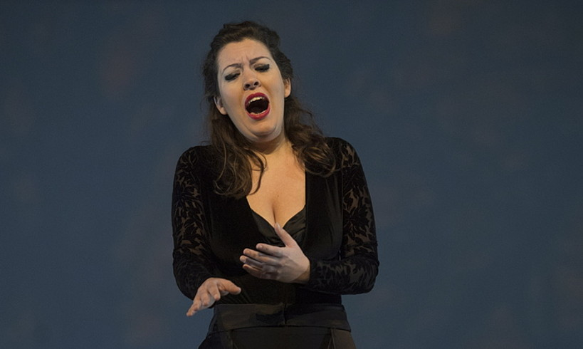 Almudena Jal-Ladi sopranoa, entseguko irudi batean, atzo. ©JUAN CARLOS RUIZ / FOKU