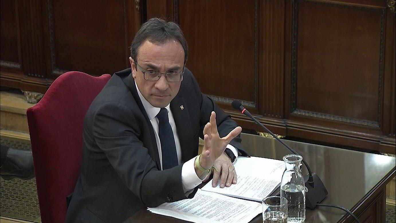 Josep Rull Lurralde Antolaketa kontseilari ohia deklaratzen, atzo. / EFE