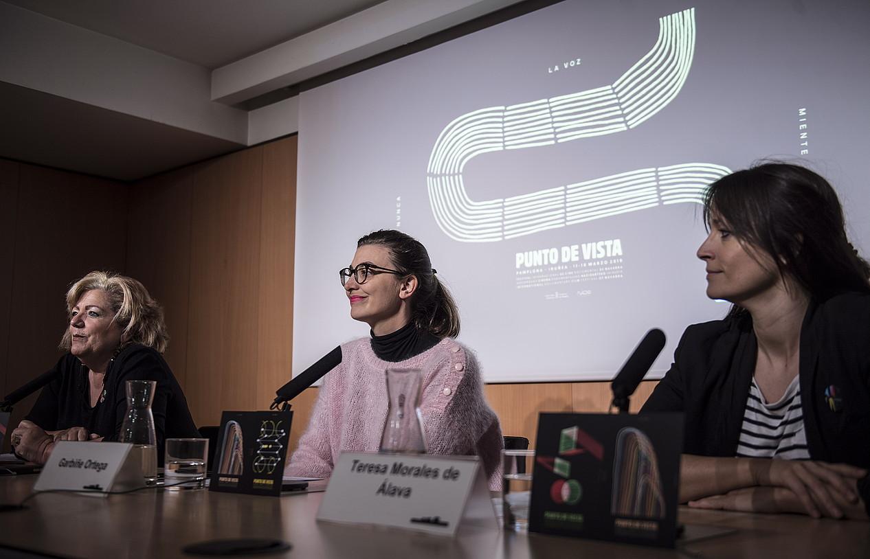 Garbiñe Ortega eta Teresa Morales de Alava, Ikuspuntu jaialdiaren aurkezpenean. ©JAGOBA MANTEROLA / FOKU