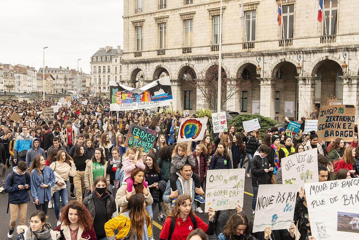 Lapurdiko hiriburuko karriketan atzo eginiko manifestazioa. ©GUIILAUME FAUVEAU