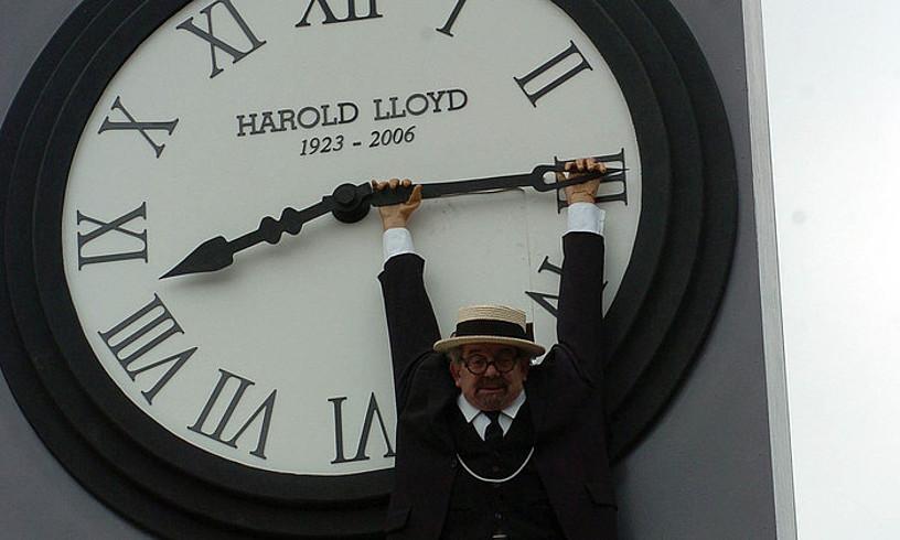 Iñaki Goikoetxea tolosarrak Harold Lloyden mozorroa jarri zuen 2006ko inauterietan. ©JUAN CARLOS RUIZ / FOKU
