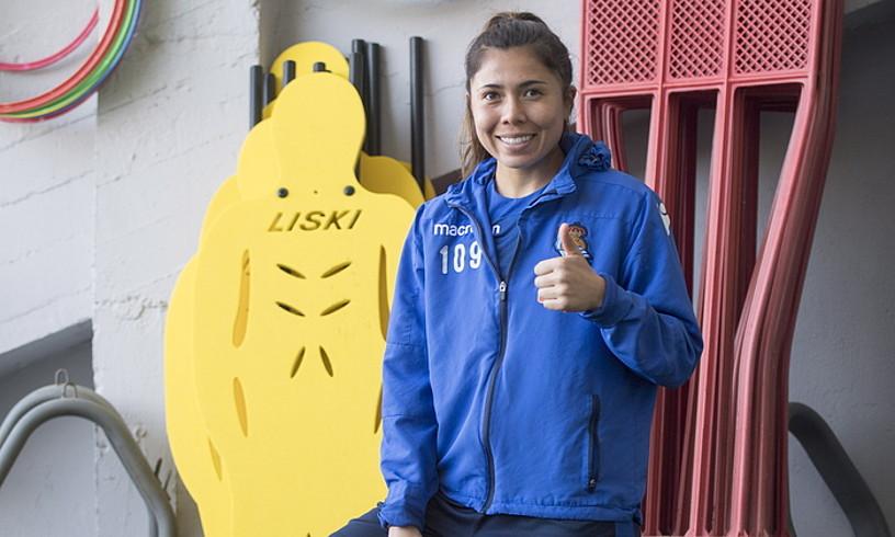 Kiana Palacios, entrenamendu baten aurretik, Zubietan. ©JUAN CARLOS RUIZ / FOKU