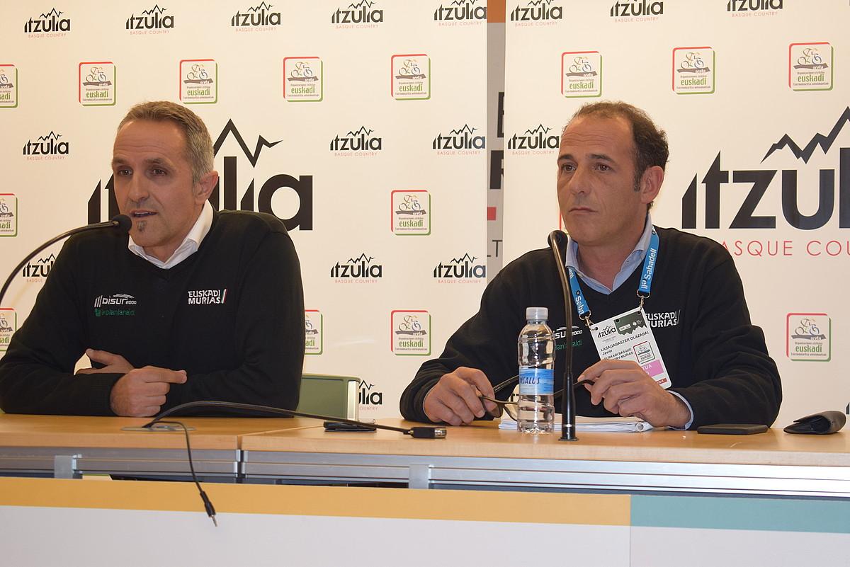 Jon Odriozola eta Javier Lasagabaster, atzo, Zumarragan. ©EUSKADI-MURIAS