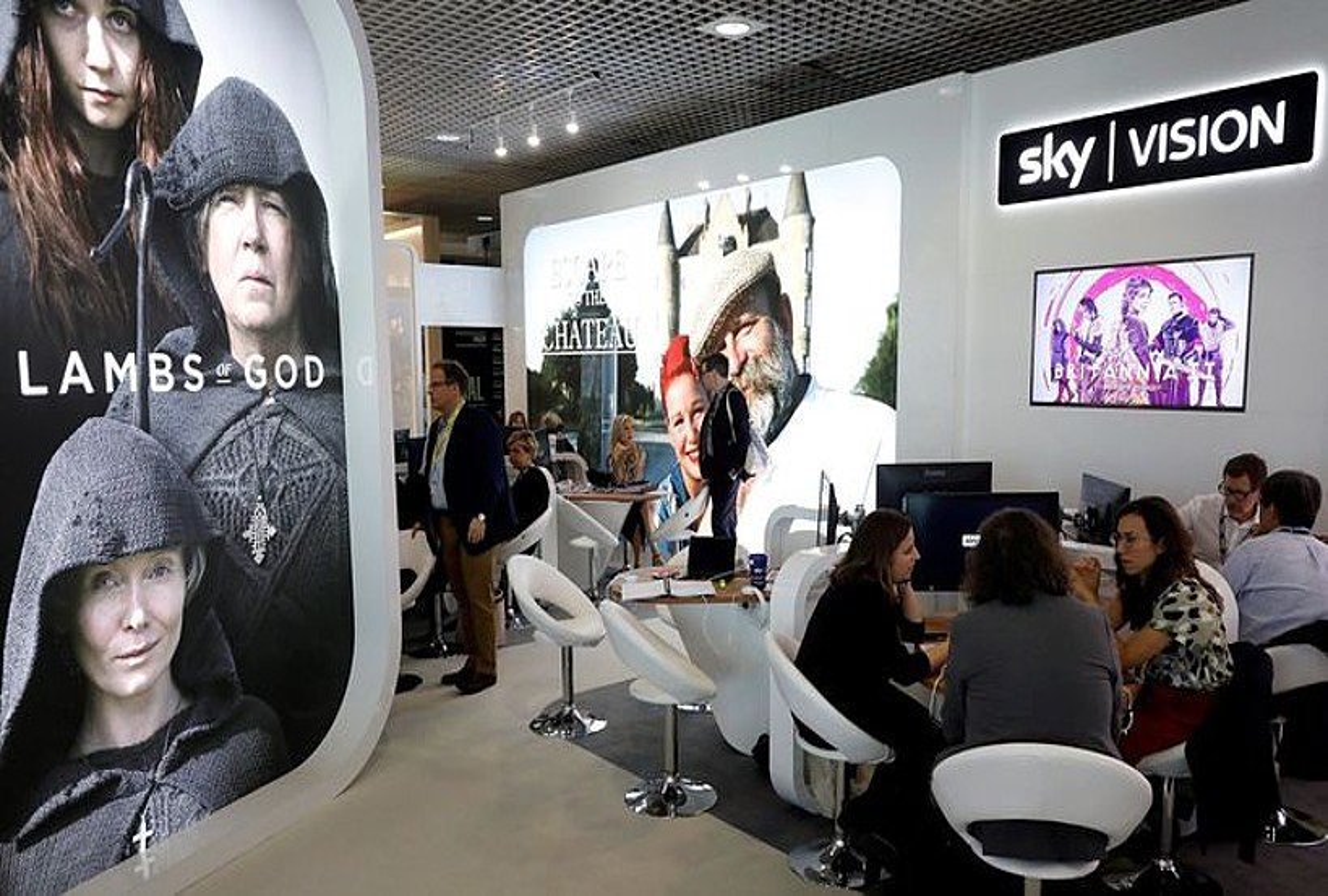 Sky Vision konpainiaren bulegoa, Cannesko MIPTV azokan. ©SEBASTIEN NOGIER / EFE