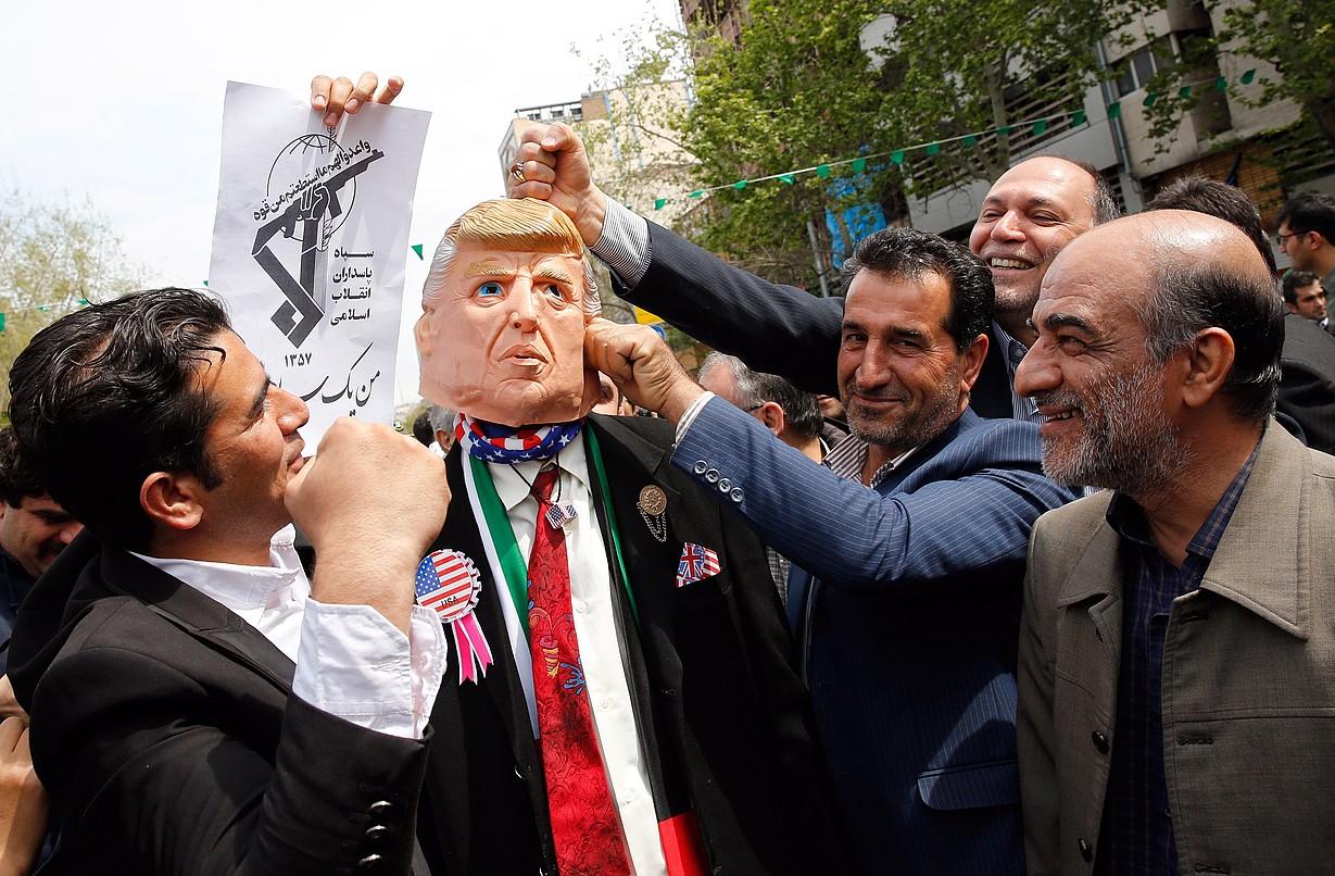 Manifestazio bat Teheranen, hilaren 12an, AEBek Irango Guardia Iraultzailea talde terrorista izendatzearen aurka. ©ABEDIN TAHERKENAREH / EFE