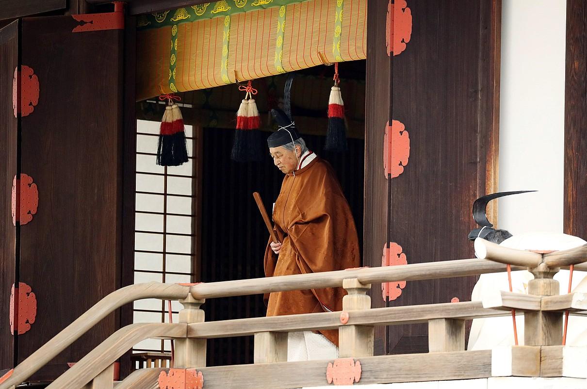 Akihito enperadorea, atzo, abdikazio zeremonian, Tokioko Jauregi Inperialean.