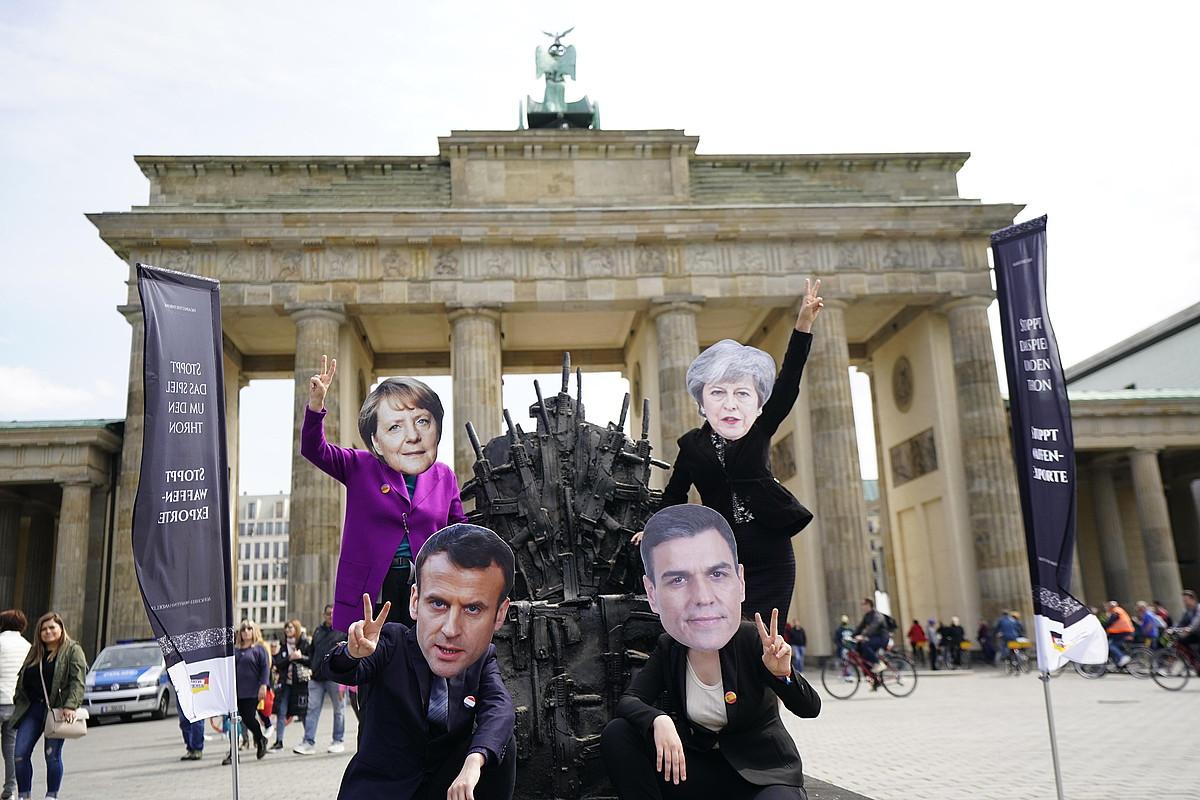 Yemengo gerraren aurkako protesta, asteburuan, Berlinen.