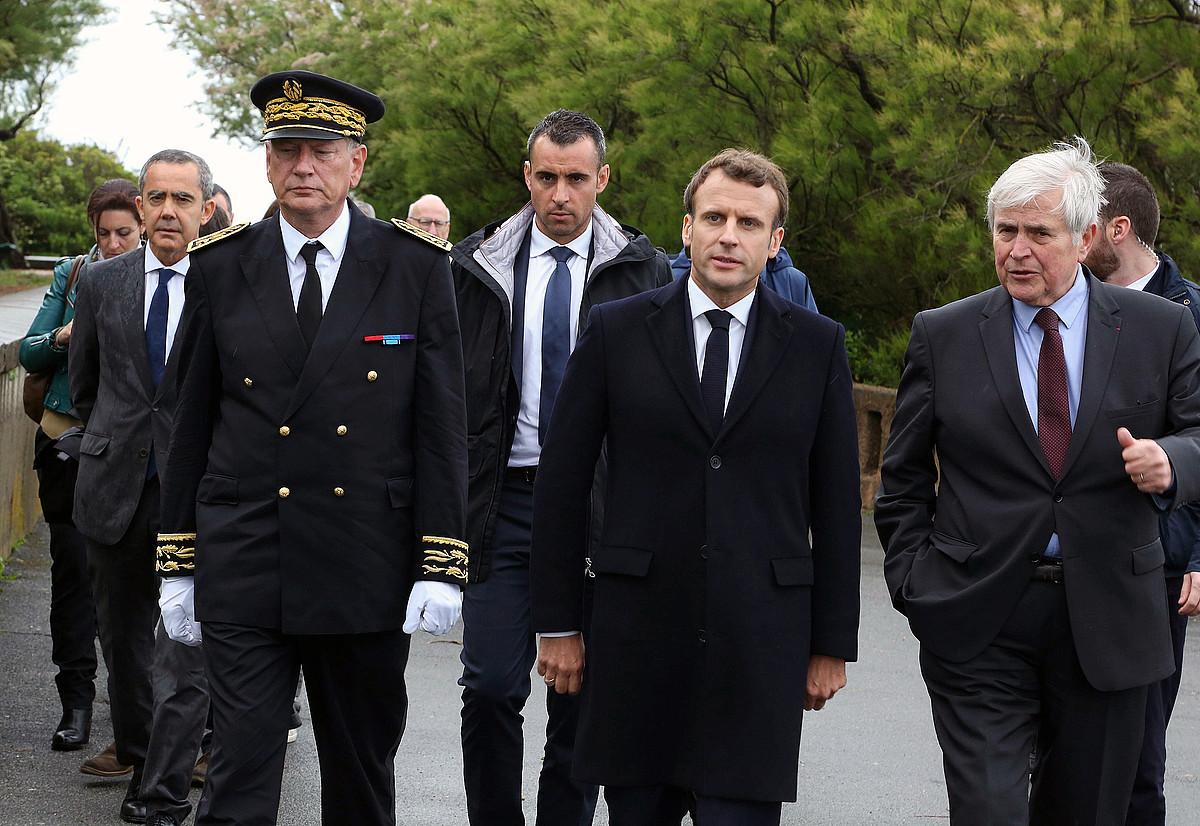 Eric Spitz prefeta, Macron, eta Michel Veunac Miarritzeko auzapeza. ©J. D. CHOPIN