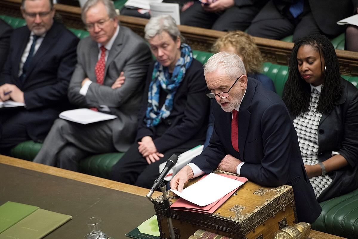 Jeremy Corbyn laboristen liderra, Komunen Ganberan.