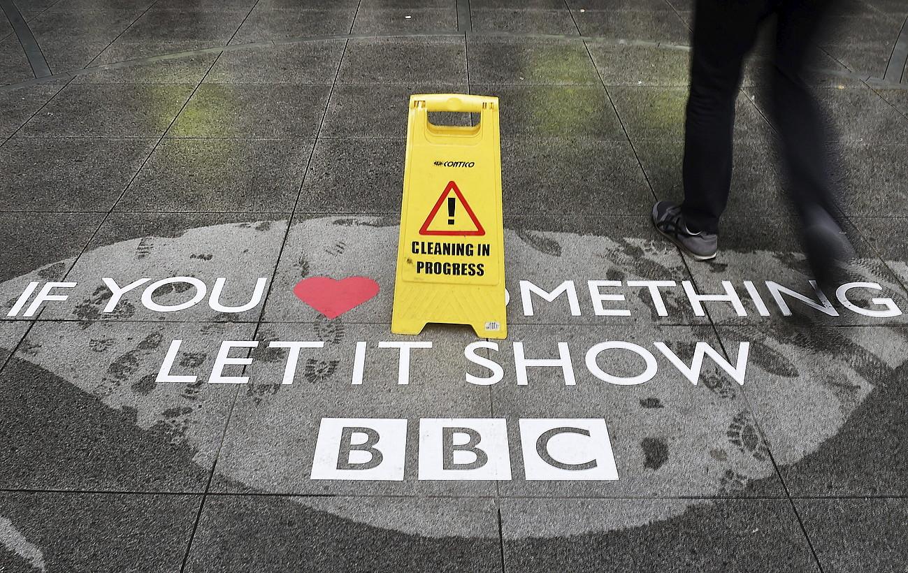 BBCren Londresko egoitzaren sarrerako irudi bat. ©ANDY RAIN / EFE