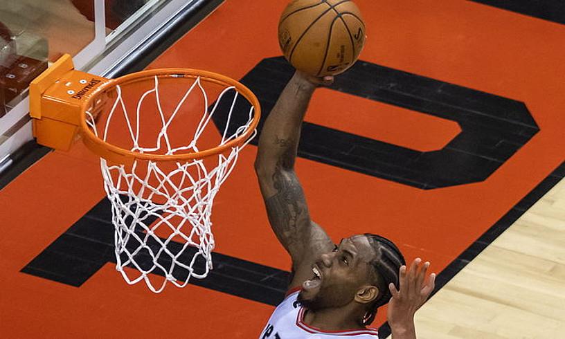 Toronto Raptorseko Kawhi Leonard, Milwaukee Bucksen aurka. ©WARREN TODA / EFE