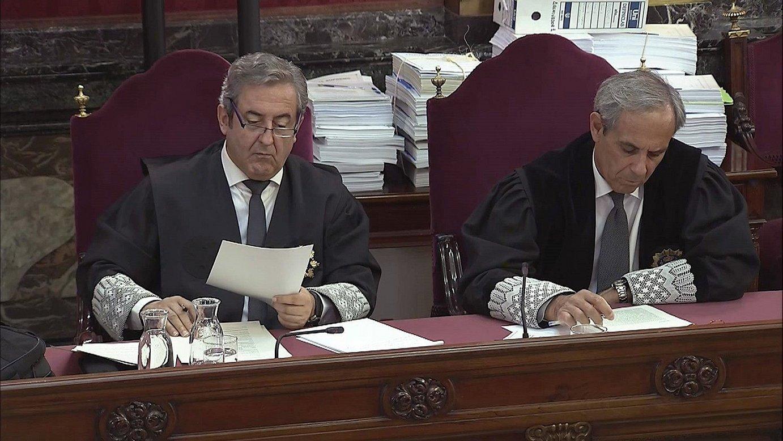 Javier Zaragoza eta Javier Moreno fiskalak, atzo, Espainiako Auzitegi Gorenean.