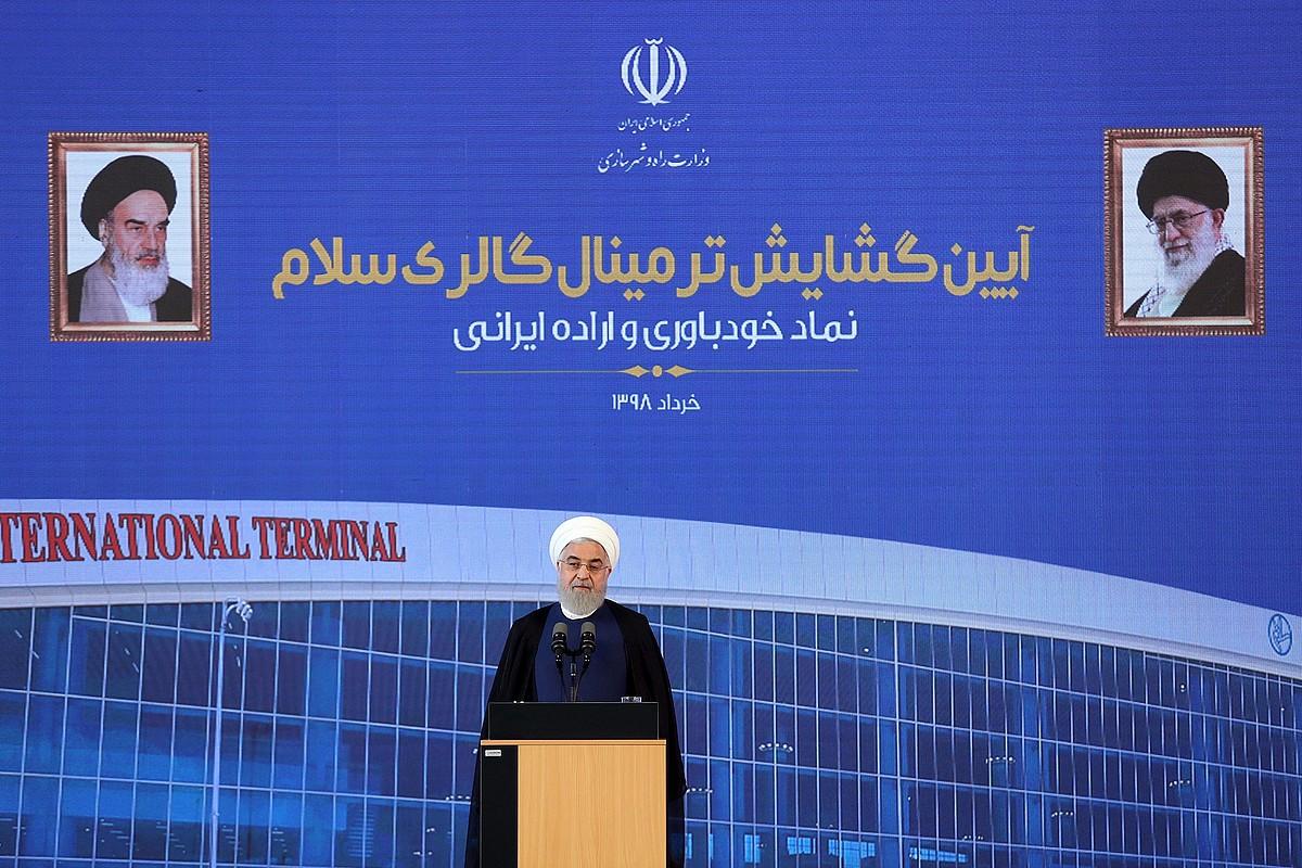 Hassan Rohani Irango presidentea, atzo, Teheranen, aireportuaren terminal berri bat irekitzeko egindako ekitaldian. ©EFE