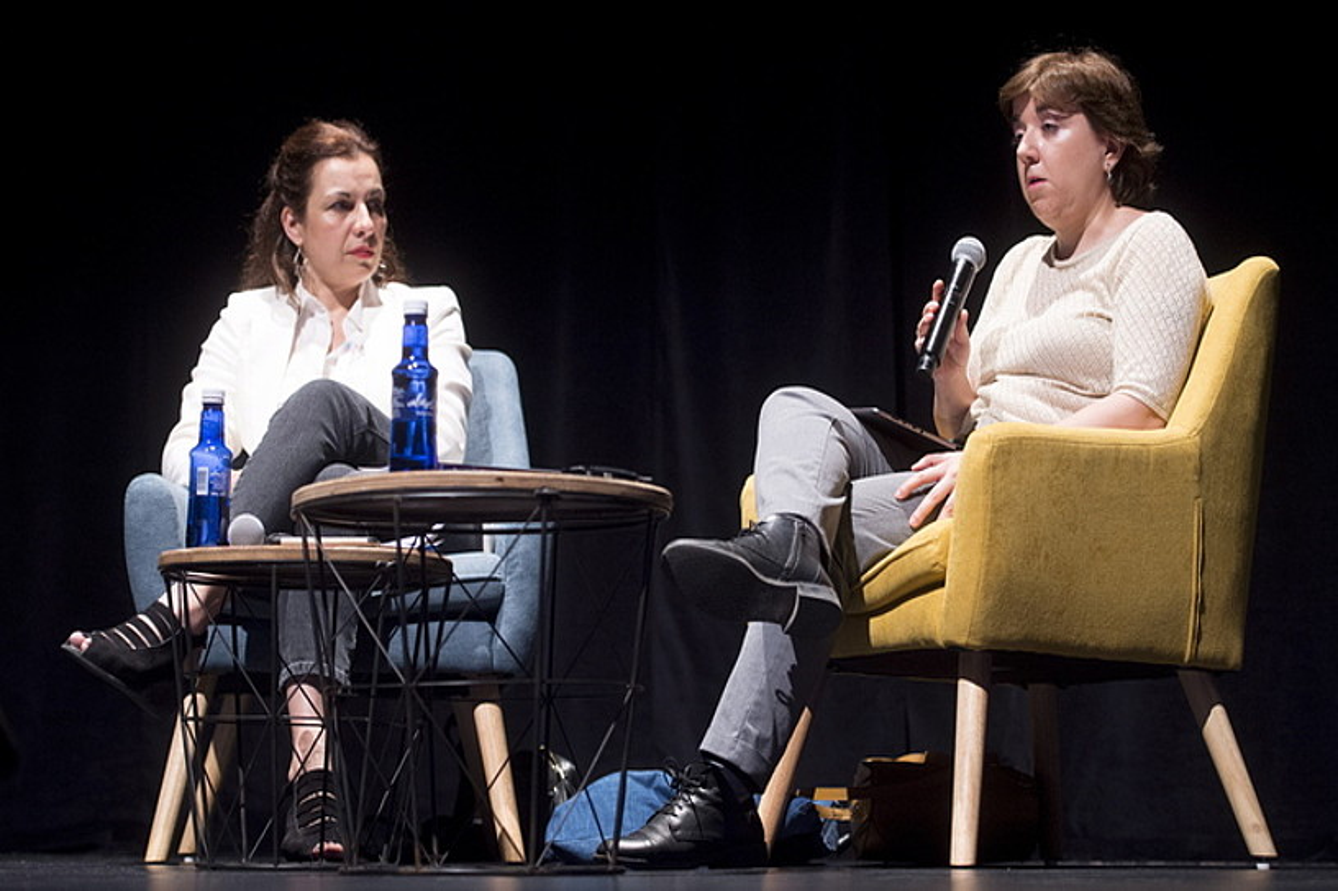 Sophie Valais eta Concepci�n Cascajosa, atzo, Iruñean, Coneta Fiction topaketan. ©IÑIGO URIZ / FOKU
