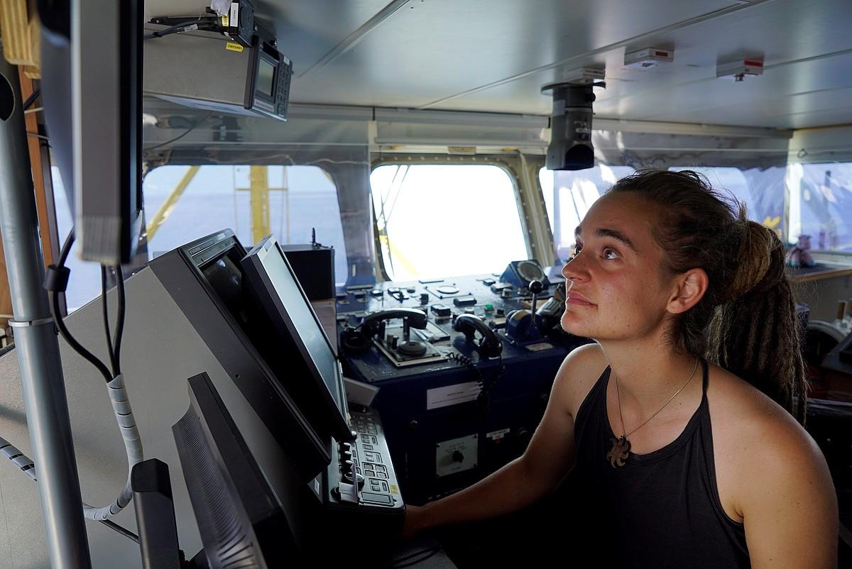 Carola Rackete kapitaina, <em>Sea Watch 3</em> ontzian. ©TILL M. EGEN / SEA WATCH