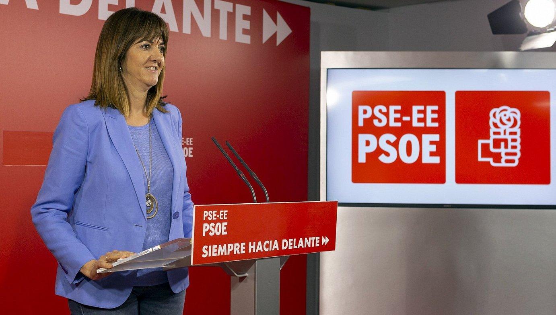 Idoia Mendia, atzo, Bilbon, PSEren egoitzan egindako agerraldian. ©LUIS TEJIDO / EFE
