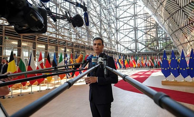 Pedro Sanchez Espainiako jarduneko presidentea, atzo, Bruselan. Europar Kontseiluaren bileran parte hartu zuen. ©OLIVIER HOSLET / EFE