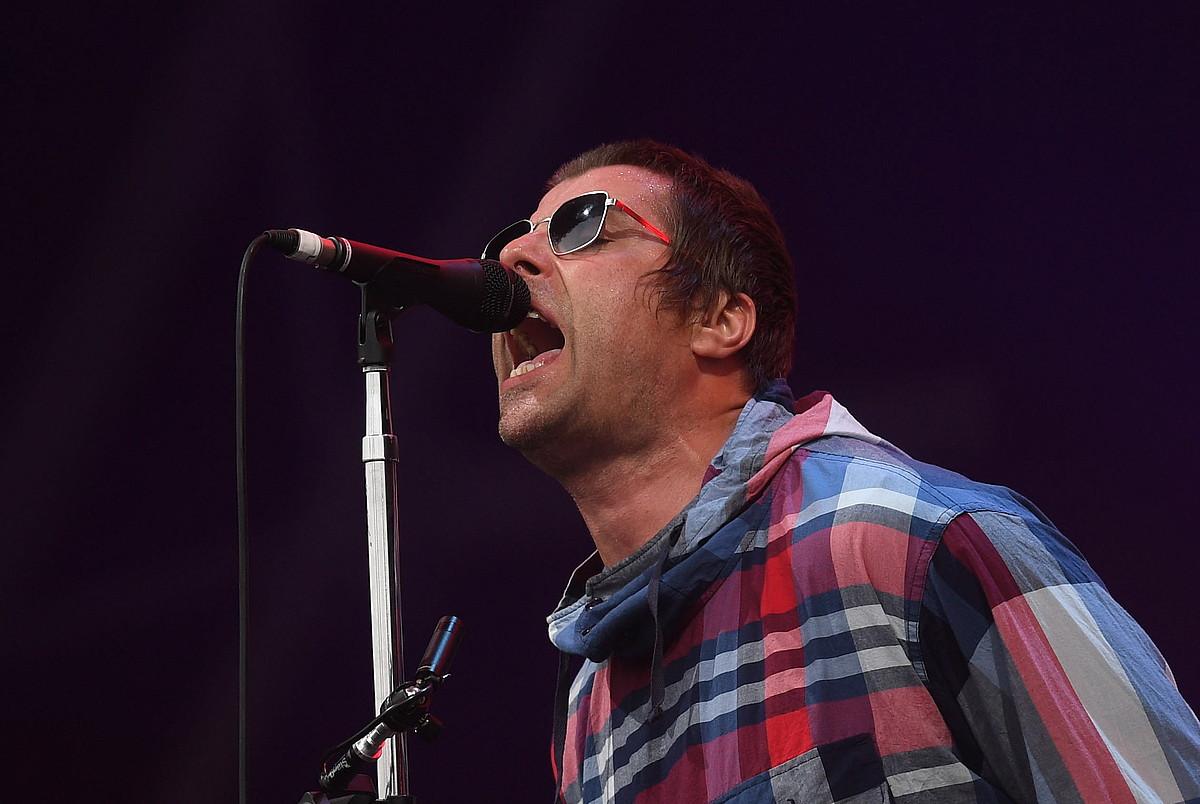Liam Gallagher Oasis taldeko abeslari ohiak bere bakarkako lana aurkeztuko du Bilbon. Erresuma Batuko Glastonbury jaialdian aritu ostean iritsiko da BBK Livera. ©NEIL HALL / EFE