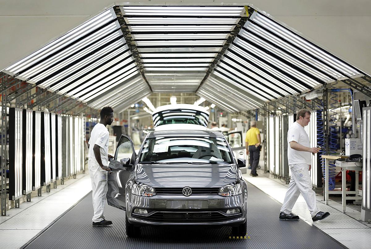 Volkswagen Polo baten ekoizpena, Landabengo fabrikan. ©VILLAR LOPEZ / EFE