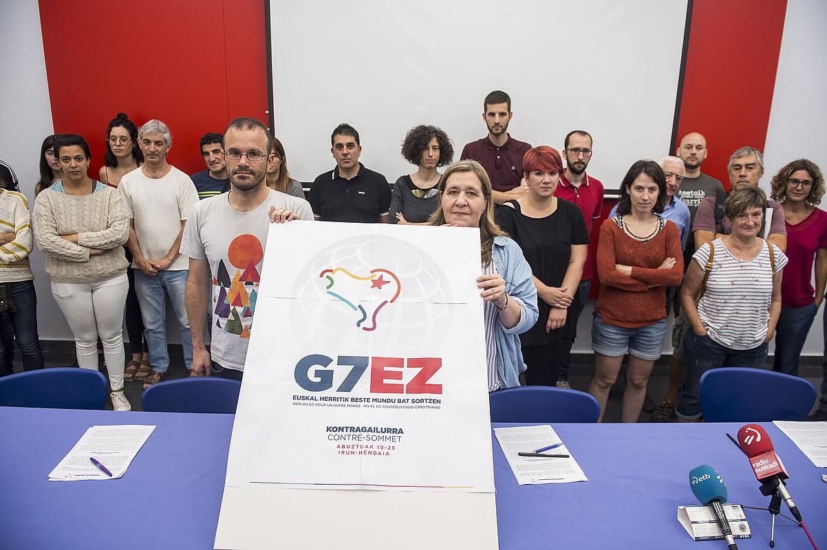 G7 Ez plataformari emandako sostenguak aurkezten, atzo, Bilbon. / M. DEL VALLE / FOKU