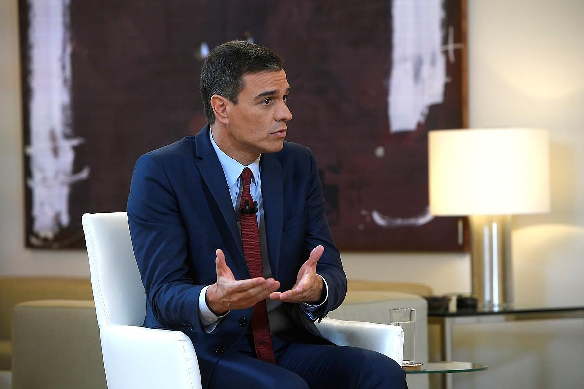 Pedro Sanchez Espainiako jarduneko presidentea, atzo La Sextan eman zuen elkarrizketan. ©BORJA PUIG DE LA BELLACASA / EFE
