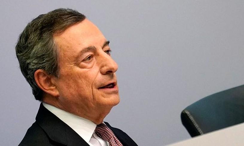 Mario Draghi EBZko presidentearen agerraldia, atzo. ©RONALD WITTEK / EFE
