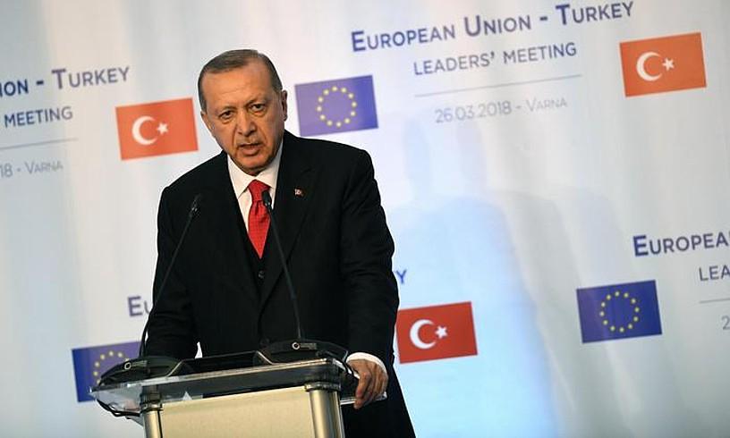 Erdogan presidentea, EBren eta Turkiaren arteko goi bileran, iaz. ©VASSIL DONEV / EFE