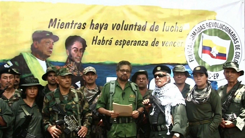 Ivan Marquez gerrillari ohiak adierazpen bat irakurri zuen, FARC siglekin sinatua, eta sarera igo zuten bideoa atzo goizaldean. ©EFE