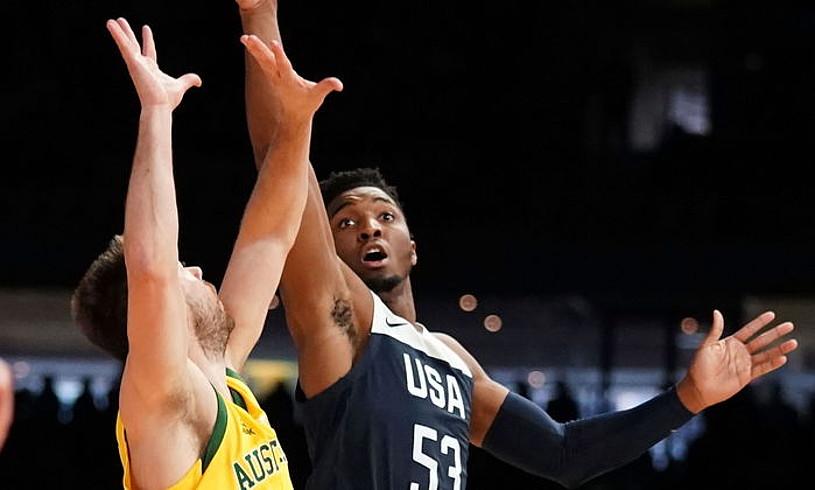 Utah Jazzeko Donovan Mitchell eskolta, AEBek Australiaren aurka duela astebete galdutako lehian. ©SCOTT BARBOUR / EFE