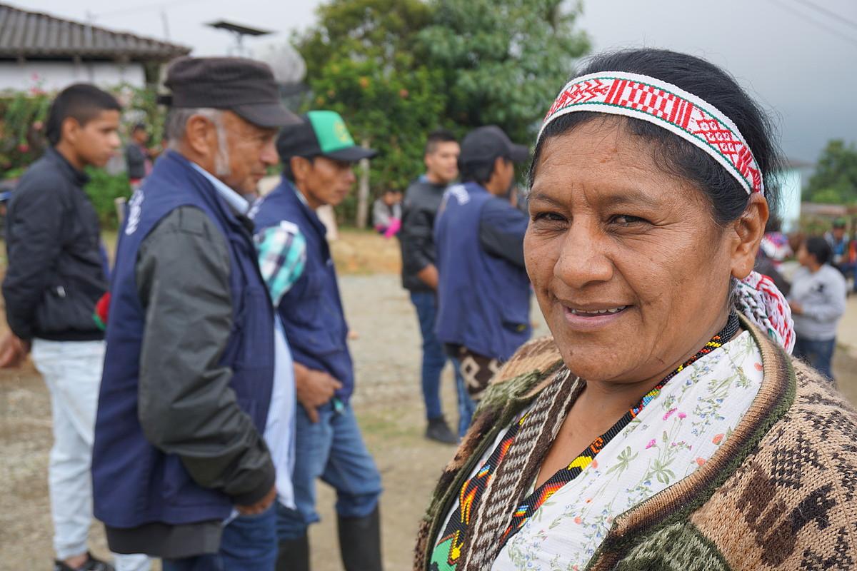 Kolonbiako lider sozial batzuk Cristal Paez nasa indigenen babeslekuan elkartuta, joan den uztail amaieran. ©JON ARTANO IZETA