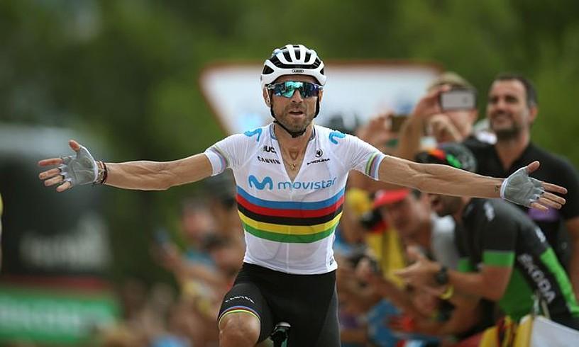 Alejandro Valverde garaipena ospatzen, atzo, Mas de la Costan. ©JAVIER LIZON / EFE