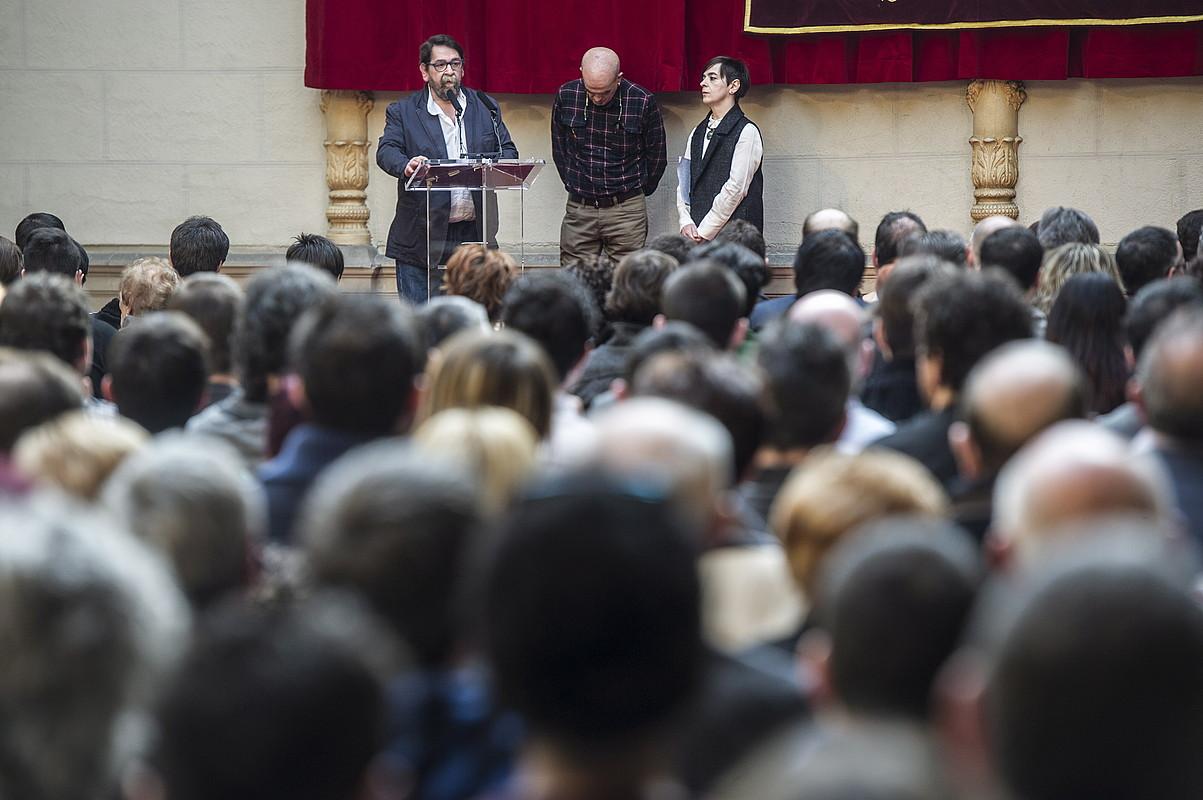 Fermin Rodriguez, Eneko Etxeberria eta Idoia Zabaltza, Nafarroako Parlamentuan, 2017ko otsailaren 18an. ©J. M. / FOKU