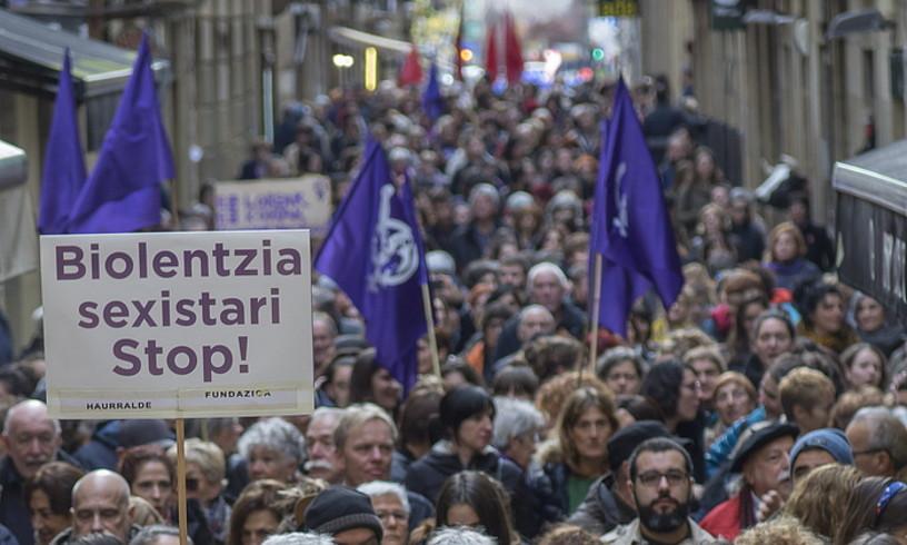 Indarkeria matxistaren aurkako protesta bat, Donostian.