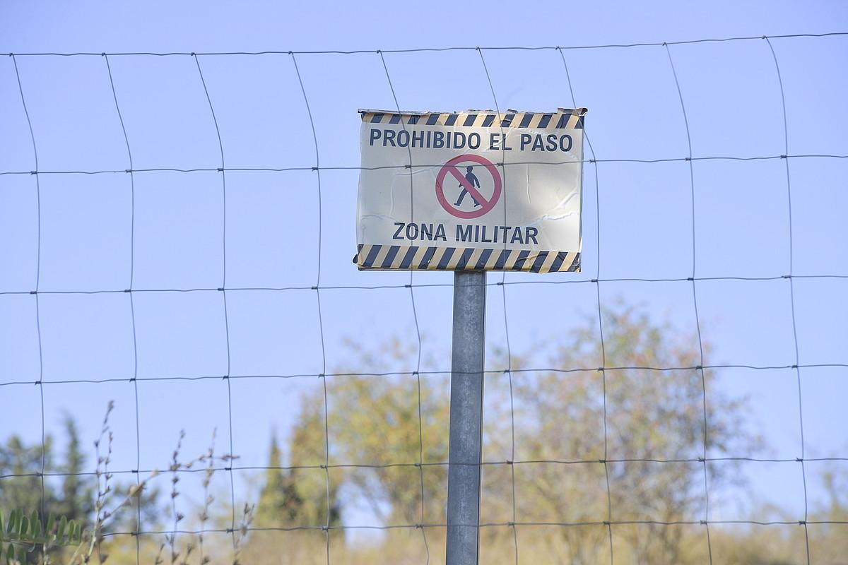 Aitzoaingo kuartela handitzeko lanak hasi dituzte. ©IDOIA ZABALETA/FOKU