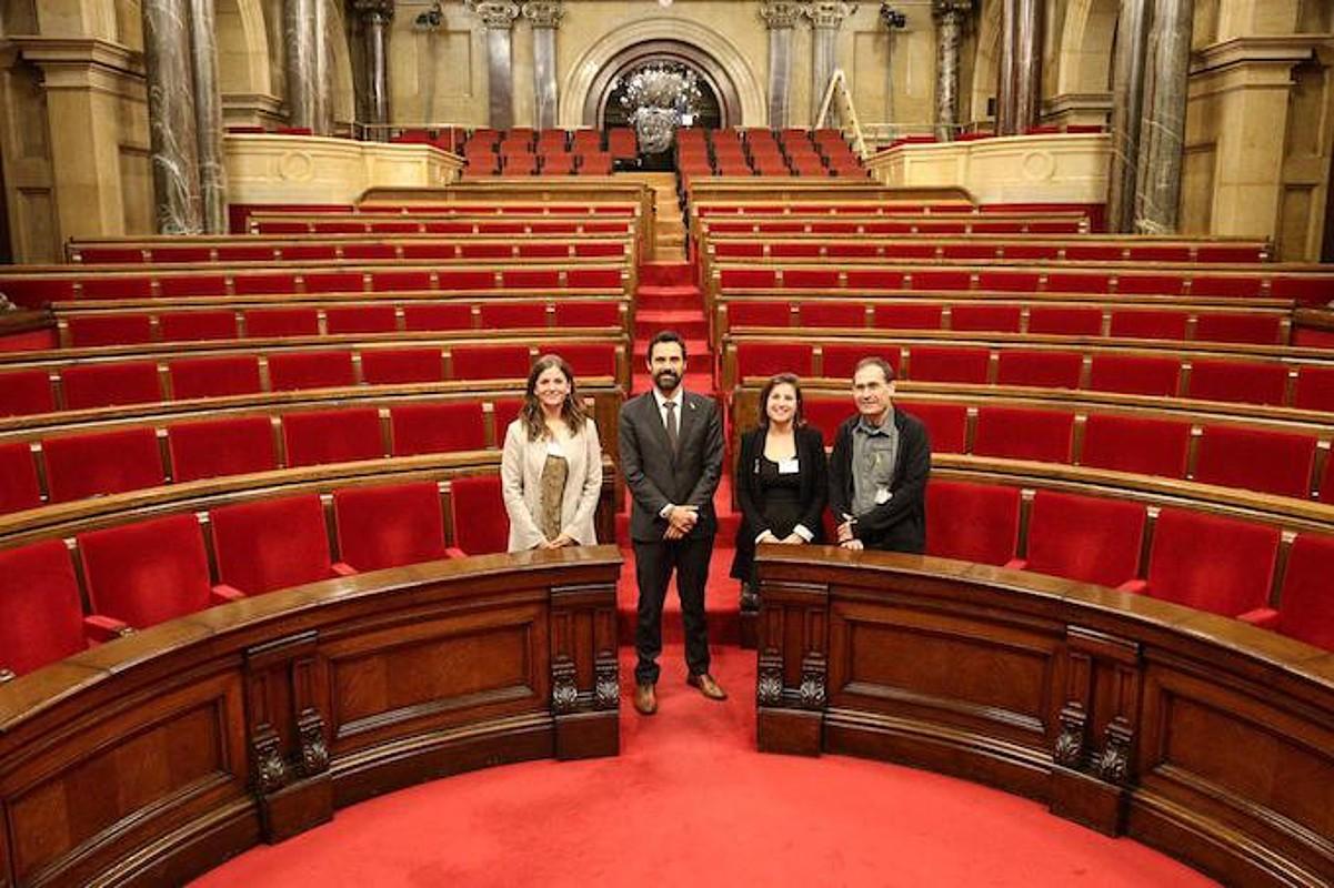 Amonarriz, Torrent, Alvarez eta Urzelai, Kataluniako Parlamentuan. ©GURE ESKU