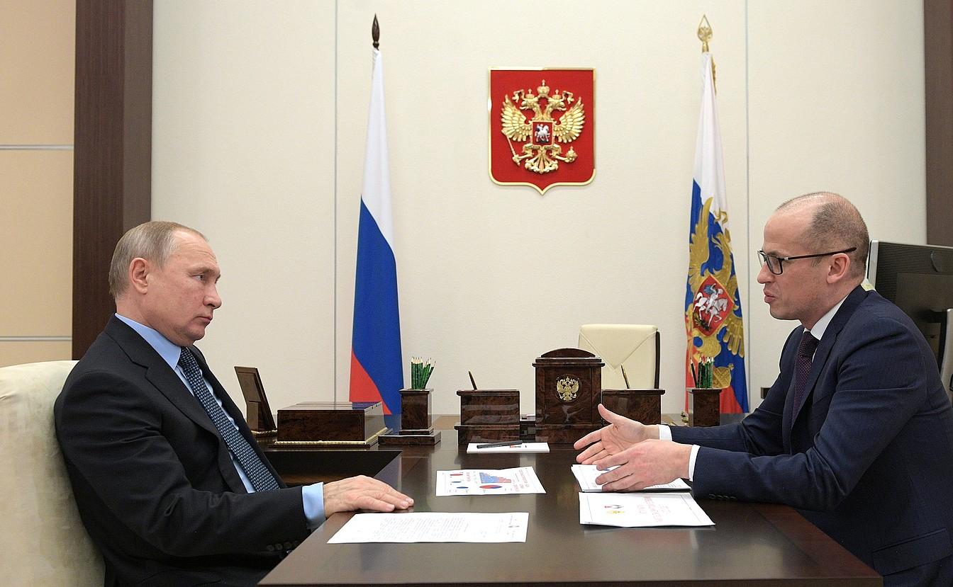 Urtarrilean elkartu zen Putin Aleksandr Bretxalov Udmurtiako errepublikako buruarekin, Moskuko Kremlinean. ©KREMLINA