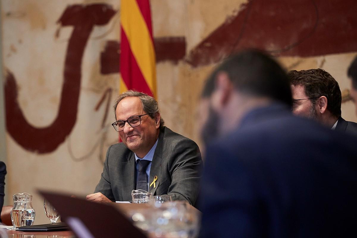 Quim Torra Kataluniako presidentea, atzo, Generalitateko gobernuaren bileran, Bartzelonan. ©ALEJANDRO GARCIA / EFE