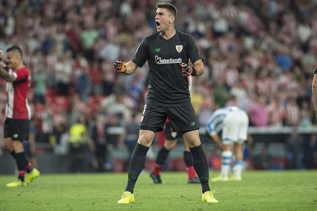 Unai Simon, Athleticek Realaren aurka lortutako garaipena ospatzen, joan den abuztuaren 30ean.