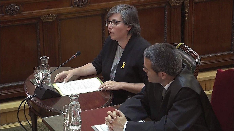 Mireia Boya, buruzagi independentisten aurkako epaiketan deklaratzen. ©AUZITEGI GORENA / EFE