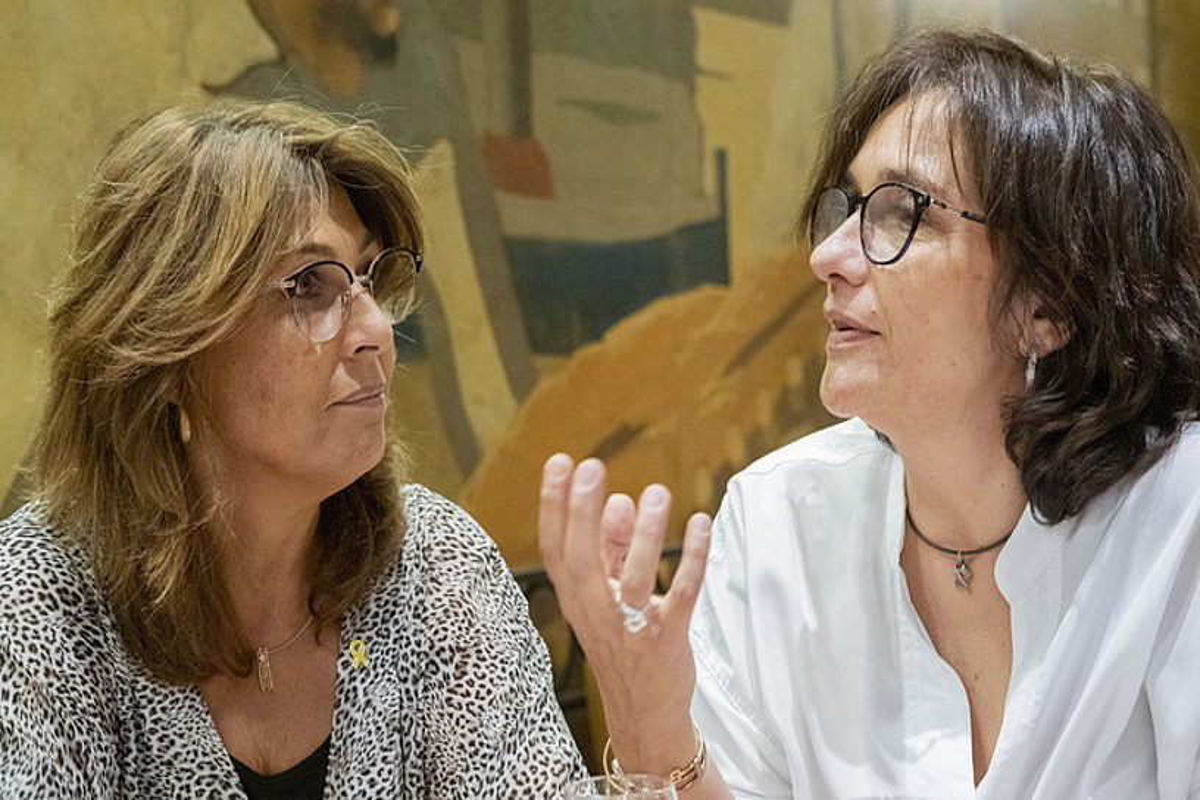 Laura Masvidal —ezkerrean— eta Blanca Bragulat —eskuinean—. ©ORIOL CLAVERA