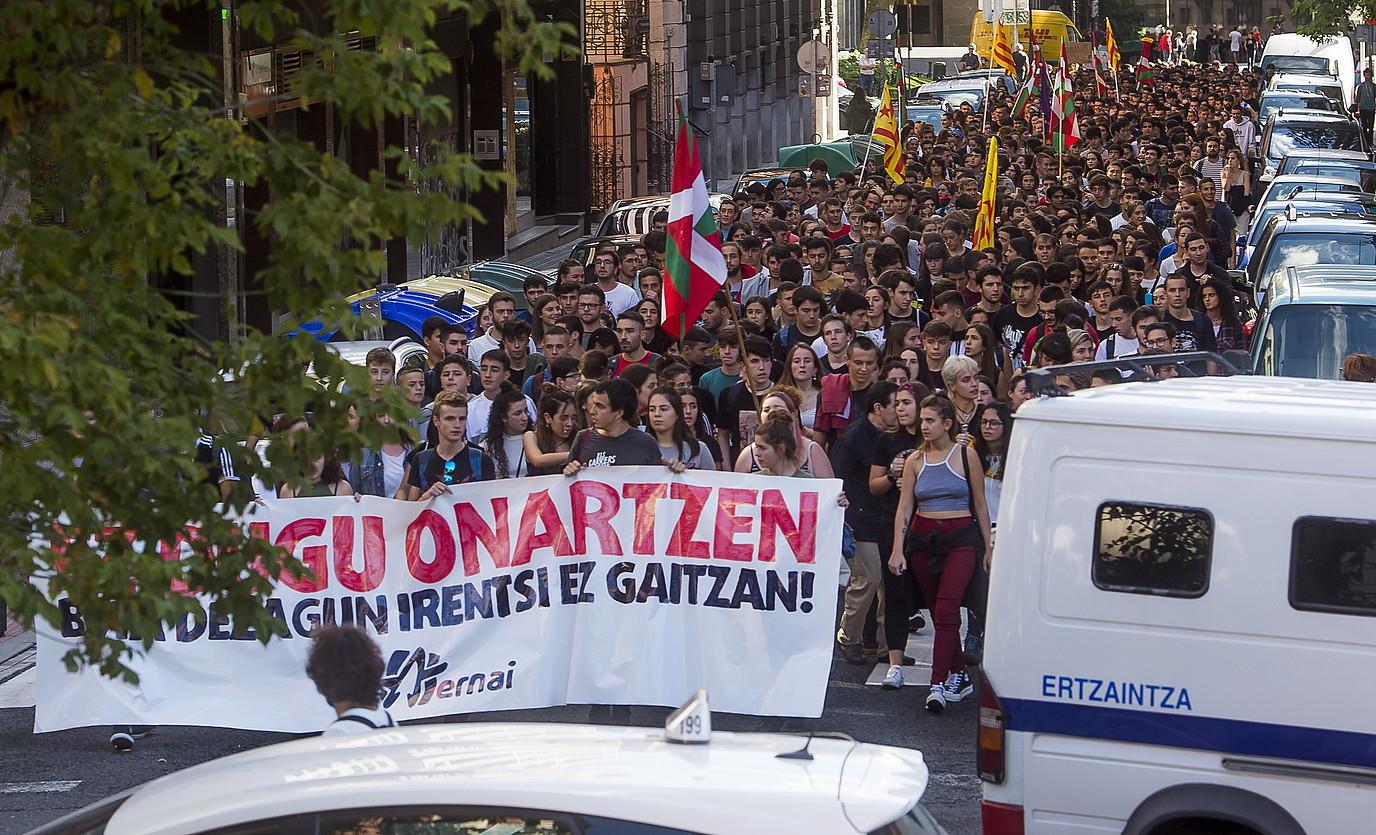 Bilboko manifestazioa, atzo. ©LUIS JAUREGIALTZO / FOKU