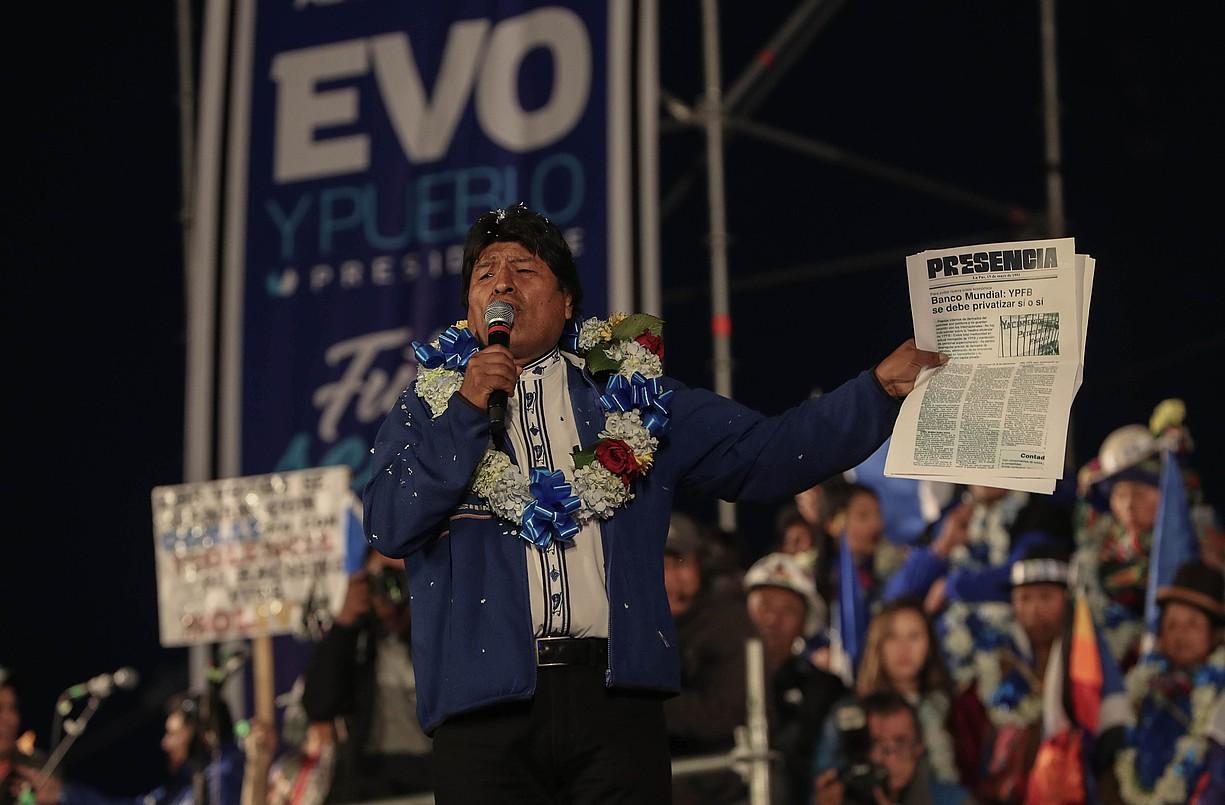 Evo Morales presidentea, joan den asteazkenean, kanpainako azken ekitaldian, El Alto hirian. ©M. ALIPAZ / EFE