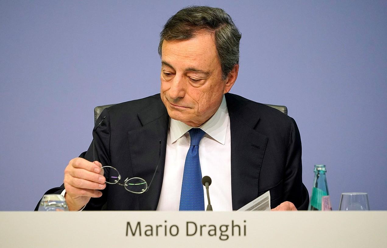 Mario Draghi, atzo, Europako Banku Zentraleko presidente gisa egindako azken agerraldian. ©RONALD WITTEK / EFE
