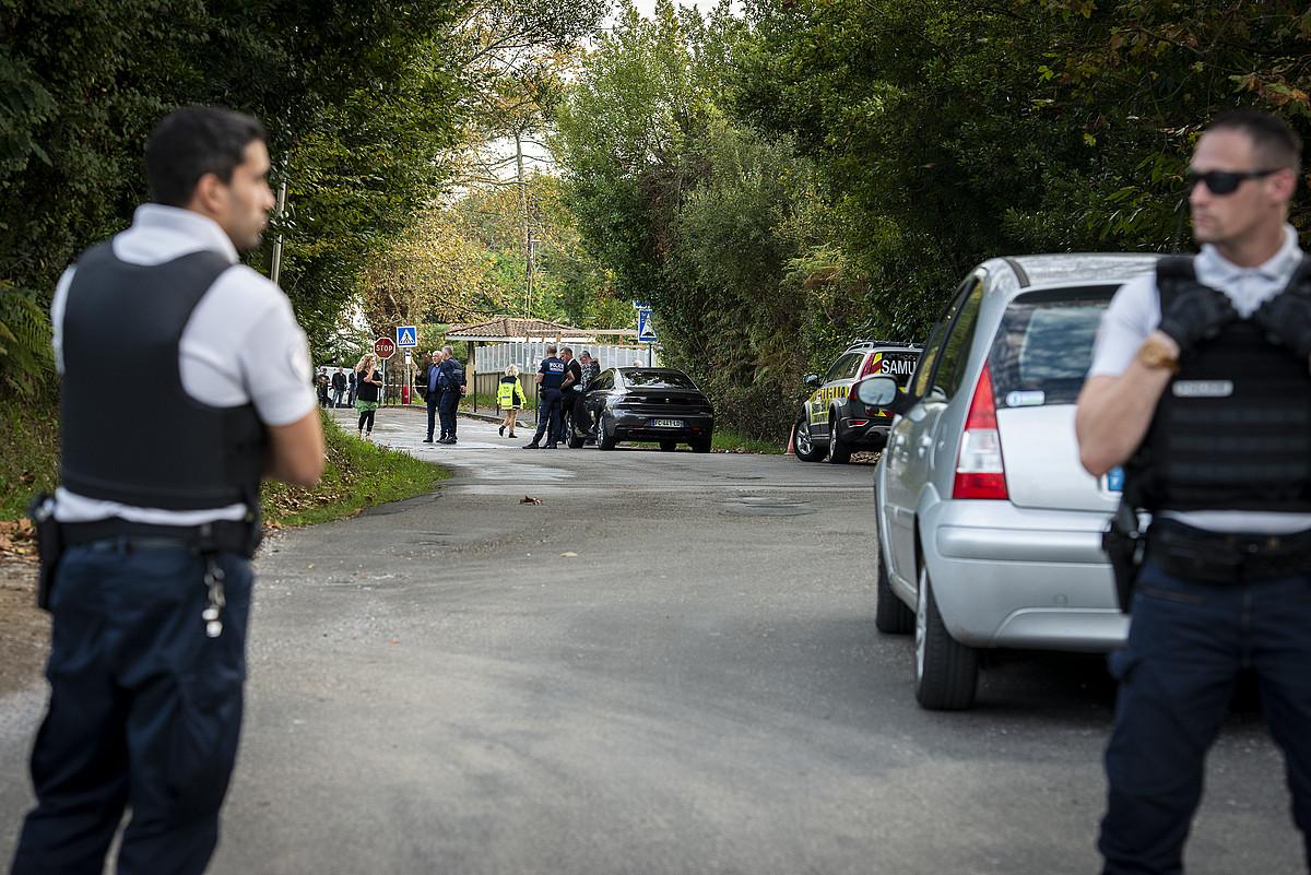 Hiriaren kanpoko aldean dago Baionako meskita. Atentatuaren ondoren ingurua itxi zuen Poliziak. ©GUILLAUME FAUVEAU