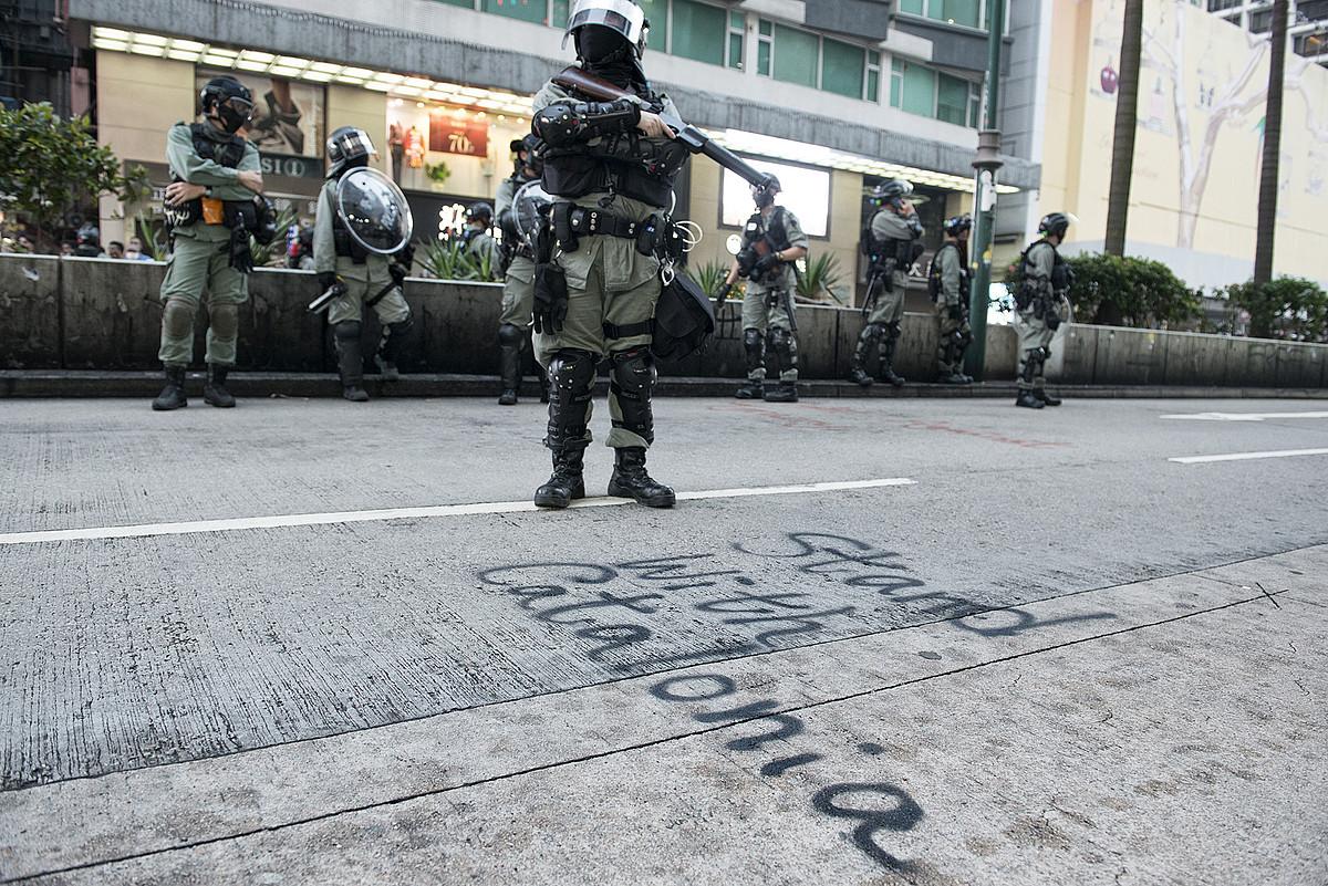 XXI. mendeko protesten gidaliburua